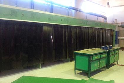 http://amr-trading.com/wp-content/uploads/2013/12/Welding-cabines.jpg